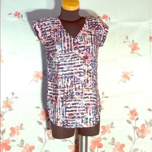 🌷Express🌷 semi sheer floral blouse